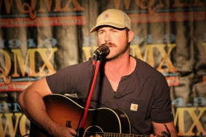 Riley Green Performs at the WQMX VIP Pre-Party to Benefit the Tree of Lights