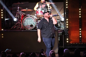 New Music On The Way From Luke Combs!